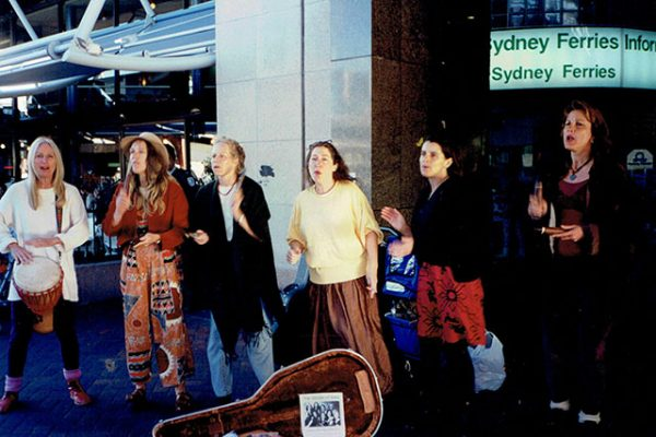 'The Voices of Gaia' busking in Sydney to finance the trip to Russia