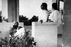 Osho with guests