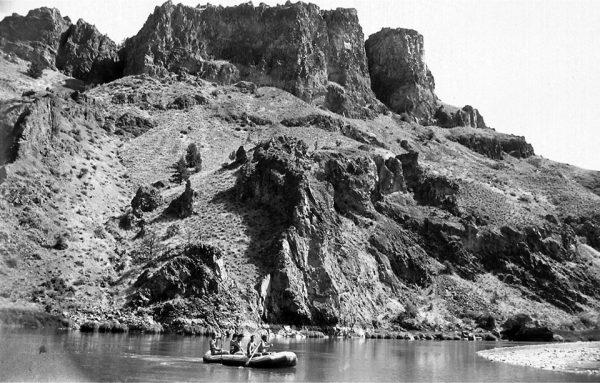 Rafting on Radha River