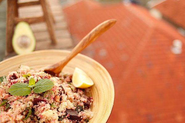 Quinoa roasted beetroot salad