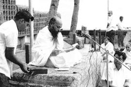 Laherubhai recording a discourse by Osho