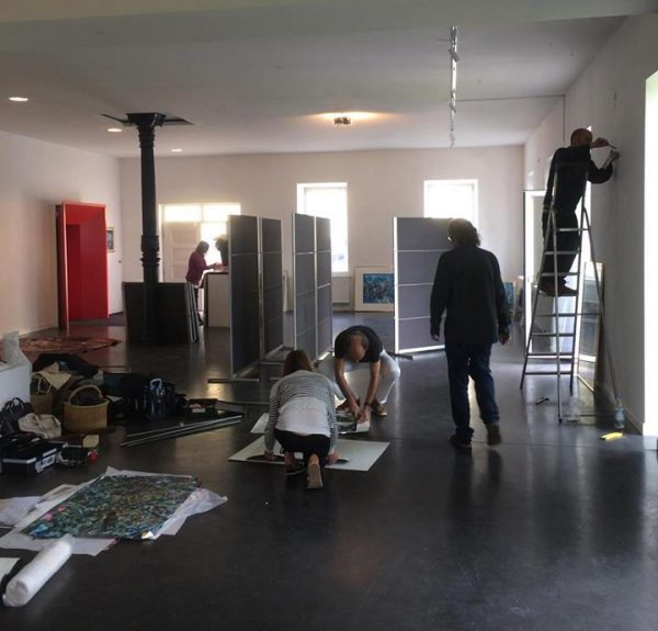 020 setting-up-Meera-Art-Exhibition-4