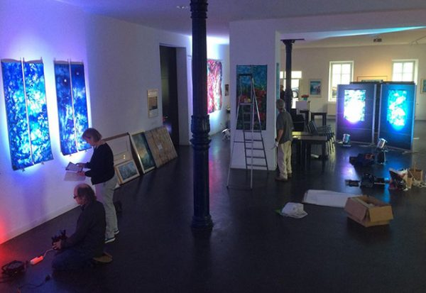 050 setting-up-Meera-Art-Exhibition-5