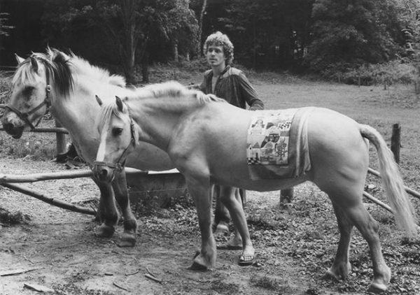 050 Wajid-with-horse