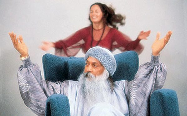 150-osho-gayan-dancing-BAD-QUALITY