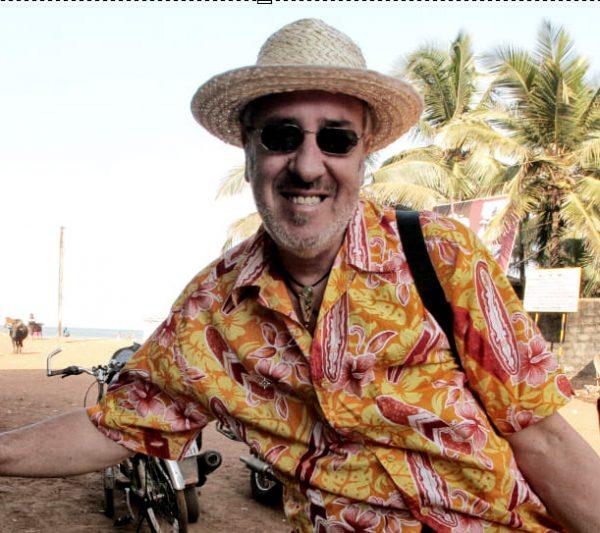Aurelio-travelling
