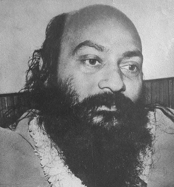 Osho with garland