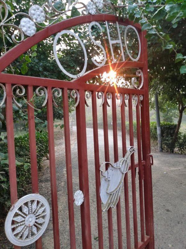 Entrance to Osho Jetban