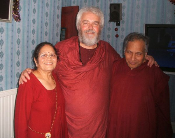 100 Osho-Celebration-Day-at-Pankaj-Wenbley-2010