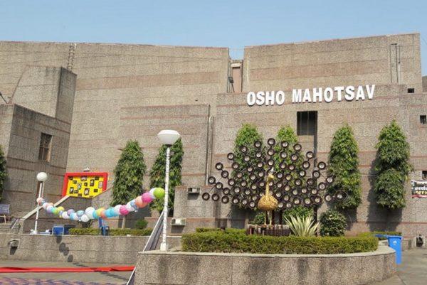 Osho Manotsav daytime