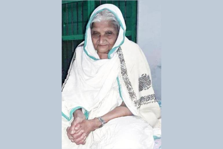 Anandmayee old age