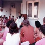 Osho giving a discourse in Chuang Tzu, 1975