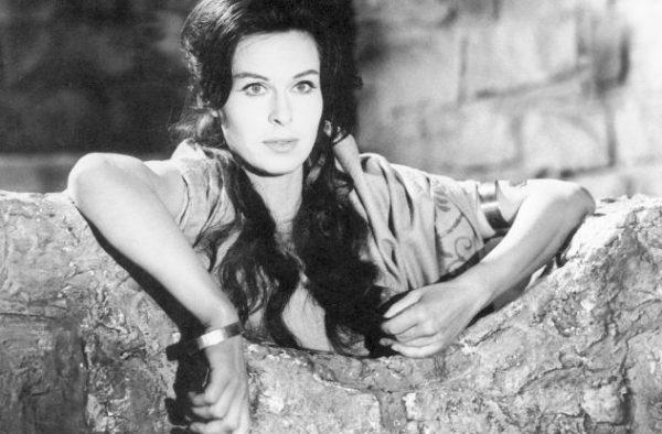 120 Barbara Ruetting actress