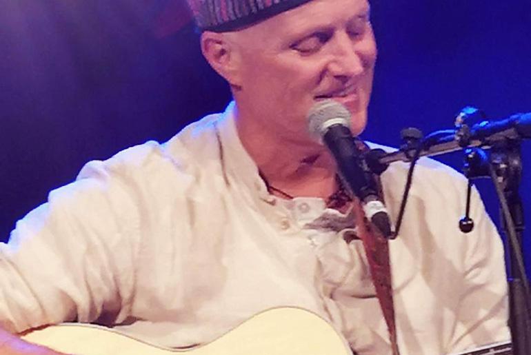 Prem Nadama performing