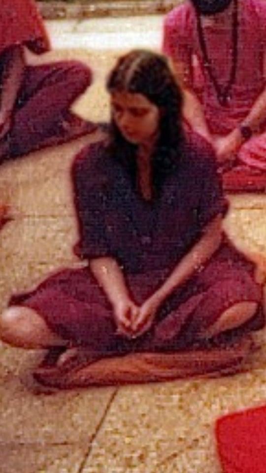 055 Prano meditating 2
