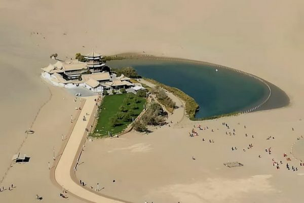 Michael's photo of the oasis from the top of the dunes