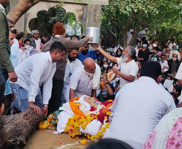 Brahm Vedant funeral