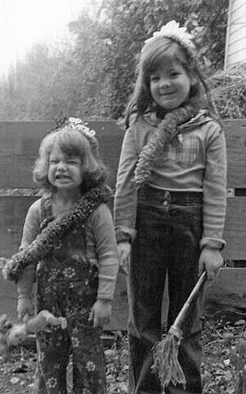 Ronit and sister Nava