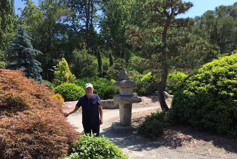 Navaneet in the Garden