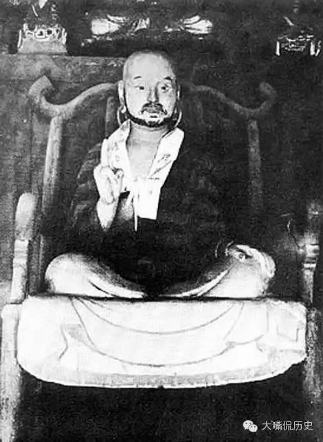120-year-old photo of Bodhidharma by a Japanese tourist