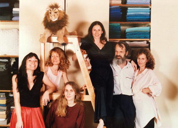 Sewingroom-crew,-1989