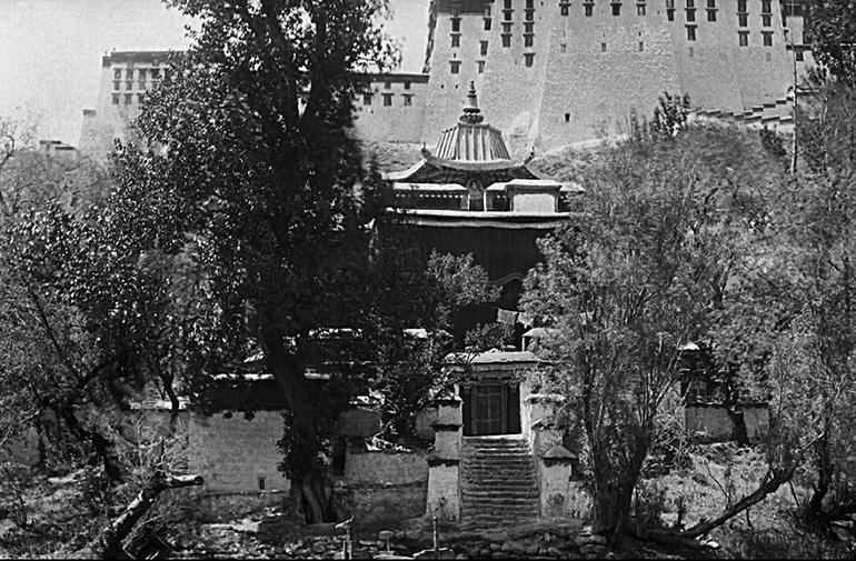 Lukhang temple Potala