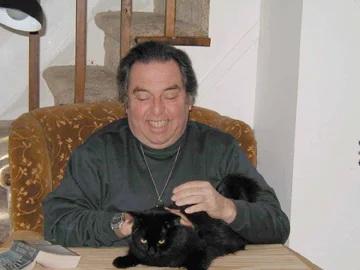Sarv with cat