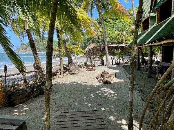 I need a beach! Ah... Costa Rica